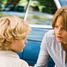 Il piccolo Riley Thomas Stewart e Jodie Foster in Mr. Beaver