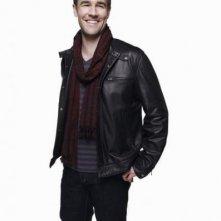 James Van Der Beek in una foto promozionale della serie televisiva Apartment 23