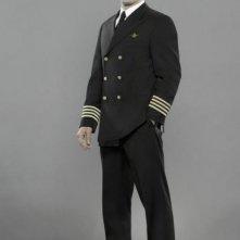 Jonah Lotan in una foto promozionale del cast della serie 'Pan Am'