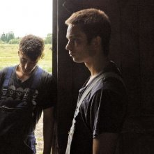Kai Michael Müller e Lukas Steltner in una scena del film Harvest