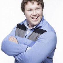 Michael Blaiklok in una foto promozionale della serie televisiva Apartment 23