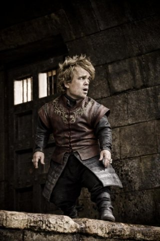 Peter Dinklage nell'episodio The Wolf and the Lion di Game of Thrones