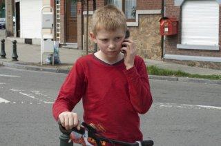 Thomas Doret nel film Il ragazzo con la bicicletta dei fratelli Dardenne