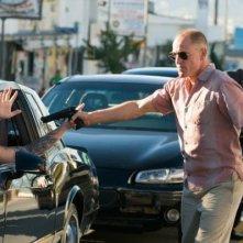 Woody Harrelson in una concitata scena di Rampart