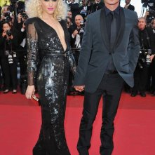 Cannes 2011: Gwen Stefani (in abito Stella McCartney) con Gavin Rossdale sul red carpet
