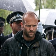 Jason Statham in una drammatica scena del film Blitz
