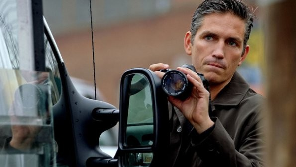 Jim Caviezel in una foto della serie Person of Interest