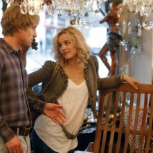 Owen Wilson e Rachel McAdams fanno compere nel film Midnight in Paris