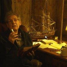 Ian McKellen in una prima immagine del film The Curse of The Buxom Strumpet
