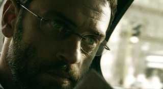 Massimo Poggio in una scena del film 6 giorni sulla terra