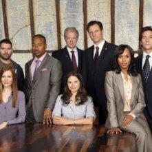 Una foto di gruppo del cast della serie televisiva Scandal