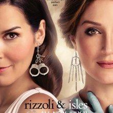 Un poster della stagione 2 di Rizzoli & Isles