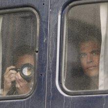 Scott Grimes e Michael Weatherly durante una missione nell'episodio Baltimore di NCIS