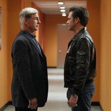 Un giovane DiNozzo (Michael Weatherly) faccia a a faccia con Gibbs (Mark Harmon) nell'episodio Baltimore di NCIS