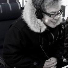 Il regista Im Sang-soo sul set di The Housemaid
