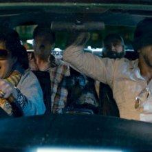 Ken Jeong e Bradley Cooper con Ed Helms e Zach Galifianakis in una scena di Una notte da leoni 2