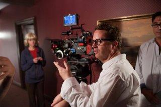 Nicolas Winding Refn sul set del film Drive (2011)