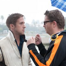 Ryan Gosling e Nicolas Winding Refn sul set del film Drive (2011)