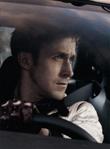 Ryan Gosling in una scena del film Drive (2011)