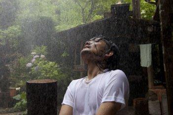 Una scena del film Hanezu no Tsuki, del 2011