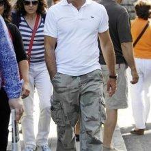Antonio Banderas passeggia sul set di La Piel que Habito