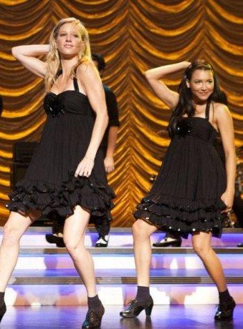 Heather Morris e Naya Rivera nell'episodio New York, finale della seconda stagione di Glee