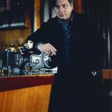 Il regista Aki Kaurismäki sul set del suo film La Havre