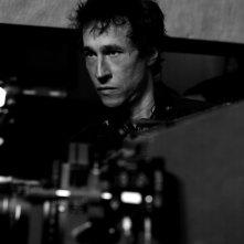 Il regista Bertrand Bonello sul set del film L'apollonide (Souvenirs de la maison close)