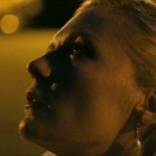 Kirsten Dunst in una sequenza del film Melancholia, di Lars Von Trier