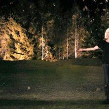 Kirsten Dunst in una suggestiva scena di Melancholia, di Lars Von Trier.
