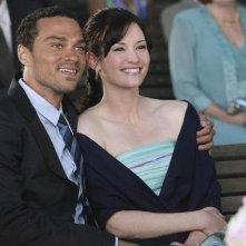 Chyler Leigh e Jesse Williams nell'episodio White Wedding di Grey's Anatomy