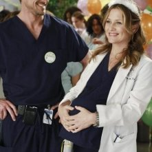 Jessica Capshaw ed Eric Dane nell'episodio This Is How We Do It di Grey's Anatomy