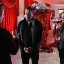 Jorja Fox e Laurence Fishburne durante un'indagine nell'episodio Unleashed di CSI: Scena del crimine