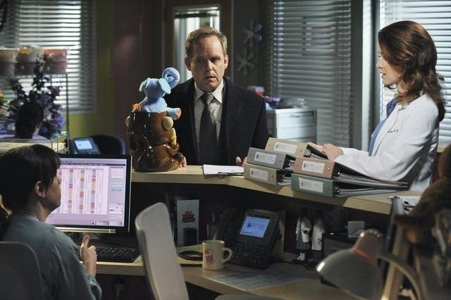 Peter Macnicol E Sarah Drew Nell Episodio Not Responsible Di Grey S Anatomy 204819