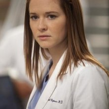 Sarah Drew nell'episodio Unaccompanied Minor di Grey's Anatomy