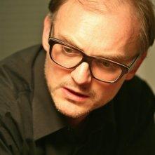 Il regista Markus Schleinzer sul set del suo film Michael