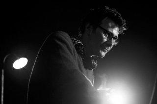 Il regista Michel Hazanavicius sul set del suo film The Artist