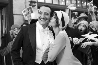 Jean Dujardin e Bérénice Bejo in una scena di The Artist