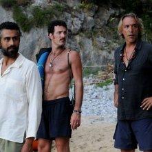 Paolo Mazzarelli e David Coco con Luca Ward in una scena del film Nauta