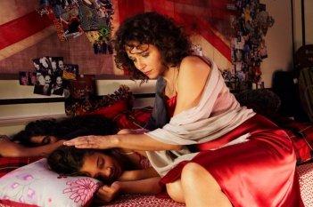 Valeria Golino nel film Un baiser papillon