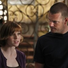 Renée Felice Smith e Chris O'Donnell nell'episodio Imposters di NCIS: Los Angeles