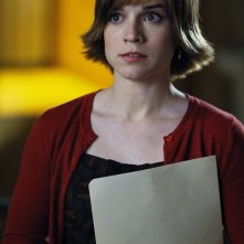 Renée Felice Smith nell'episodio Familia di NCIS: Los Angeles