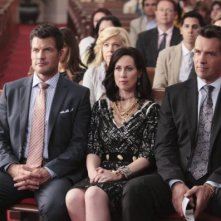 David James Elliott, Mark Deklin e Miriam Shor in una scena del pilot di Good Christian Belles
