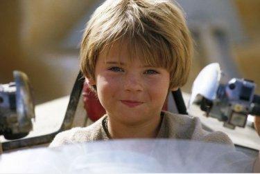 Il piccolo Jake Lloyd in una scena de La minaccia fantasma