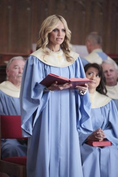 Kristin Chenoweth Durante Una Scena Del Primo Episodio Della Serie Good Christian Belles 205582