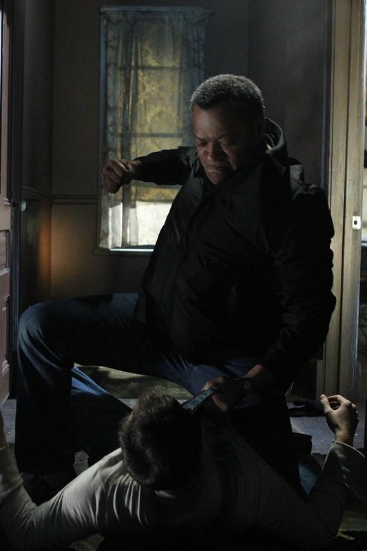 Laurence Fishburne Atterra Bill Irwin Nell Episodio In A Dark Dark House Di Csi Scena Del Crimine 205473