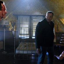 Laurence Fishburne faccia a faccia con Bill Irwin nell'episodio In A Dark, Dark House di CSI: Scena del crimine