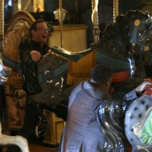 Laurence Fishburne insegue Bill Irwin Haskell in: Cello And Goodbye di CSI: Scena del crimine