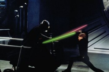 Mark Hamill/ Luke Skywalker affronta Darth Vader ne Il ritorno dello jedi