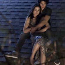 Tyler Posey e Crystal Reed  in una foto promozionale della serie Teen Wolf